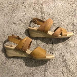 New Tan Sandals
